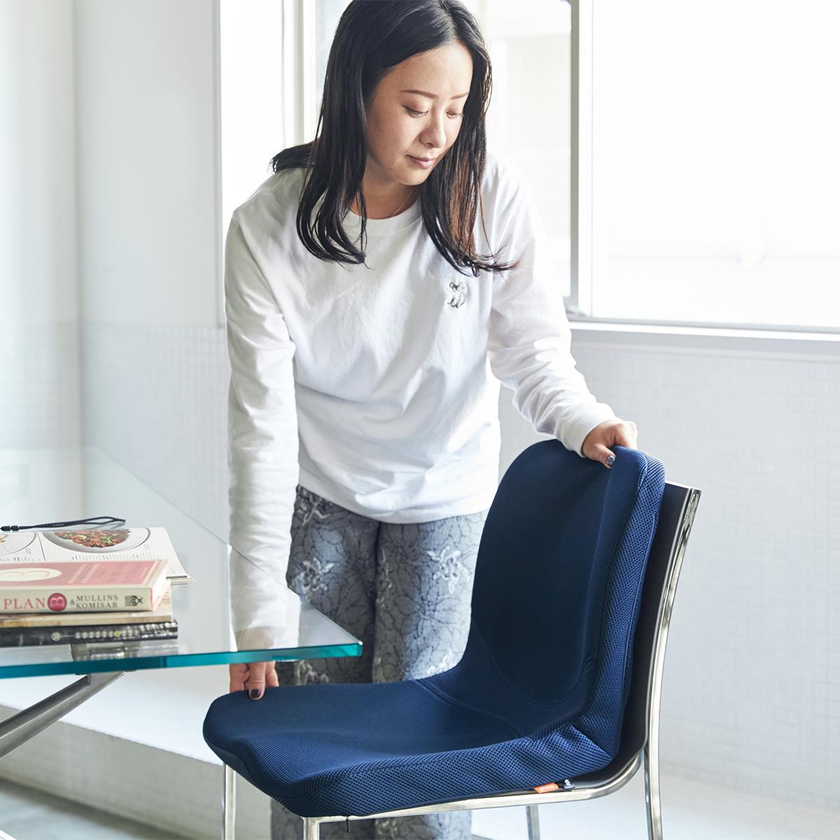 驚くほど腰がラクなのに、正しい姿勢が習慣化する「チェアシート(椅子クッション)」|P!nto