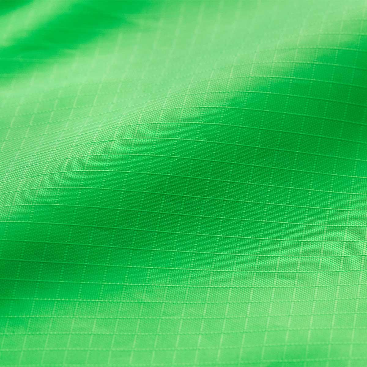薄いけれど、ポリエステルを格子状に編んだリップストップ(rip-stop)生地だからとても丈夫。ファッションに合わせて選べる豊富なカラー展開。スマートに持ち歩ける折りたたみエコバッグ|KATOKOA