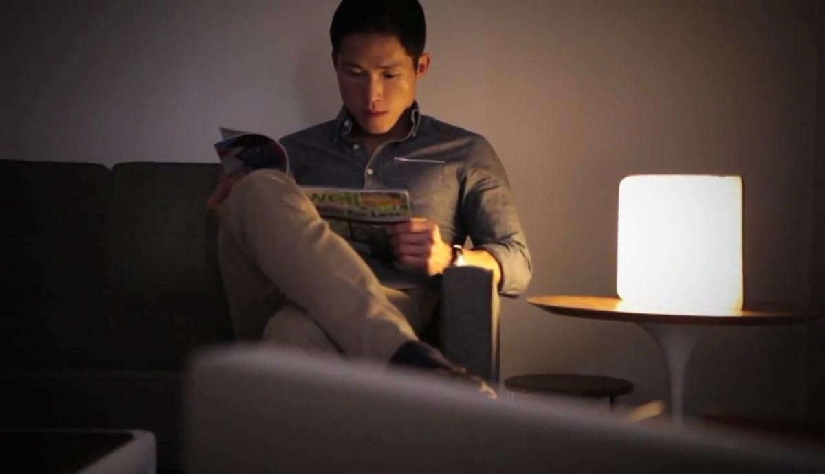 LED間接照明で本が読める、ブックライト lumiosf ルミオ
