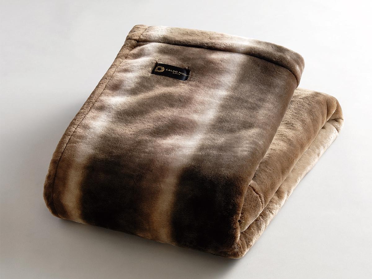 ネットに入れて洗濯機洗いOK。暖かさはもう当たり前、軽さとなめらかさも実現した「掛け毛布・敷き毛布」|CALDONIDO NOTTE(カルドニード ノッテ)