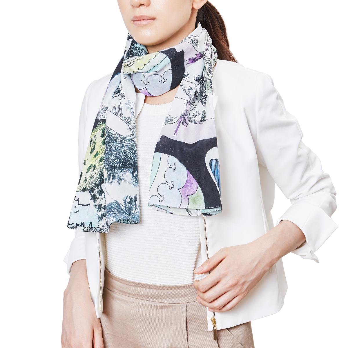 宇野亜喜良氏の『クロニクル』の巻末の「書物の少女」を織り込んだスカーフ
