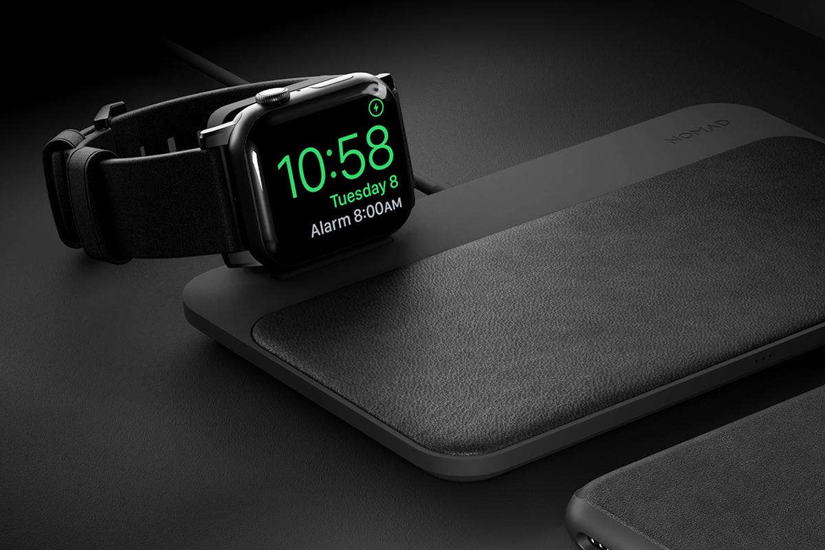 Apple Watchの充電中は、置き時計感覚でディスプレイできる「ワイヤレス充電ベース」Base Station(Apple Watch Edition)| NOMAD