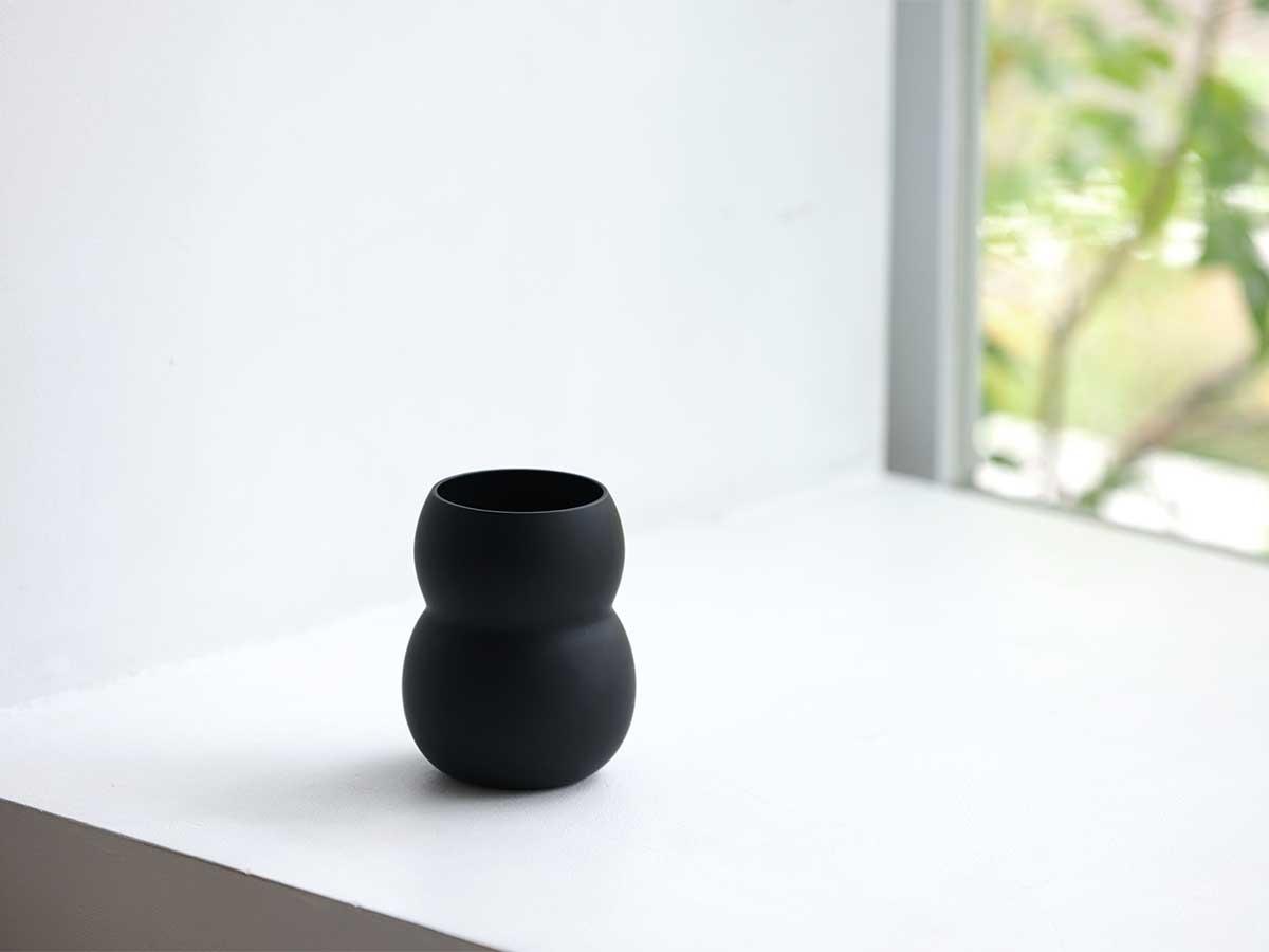 日常使いに、おもてなしにおすすめのカップ。持ちやすさ、使いやすさ抜群。丸みとくびれのあるお洒落なデザイン|双円(そうえん)のグラス