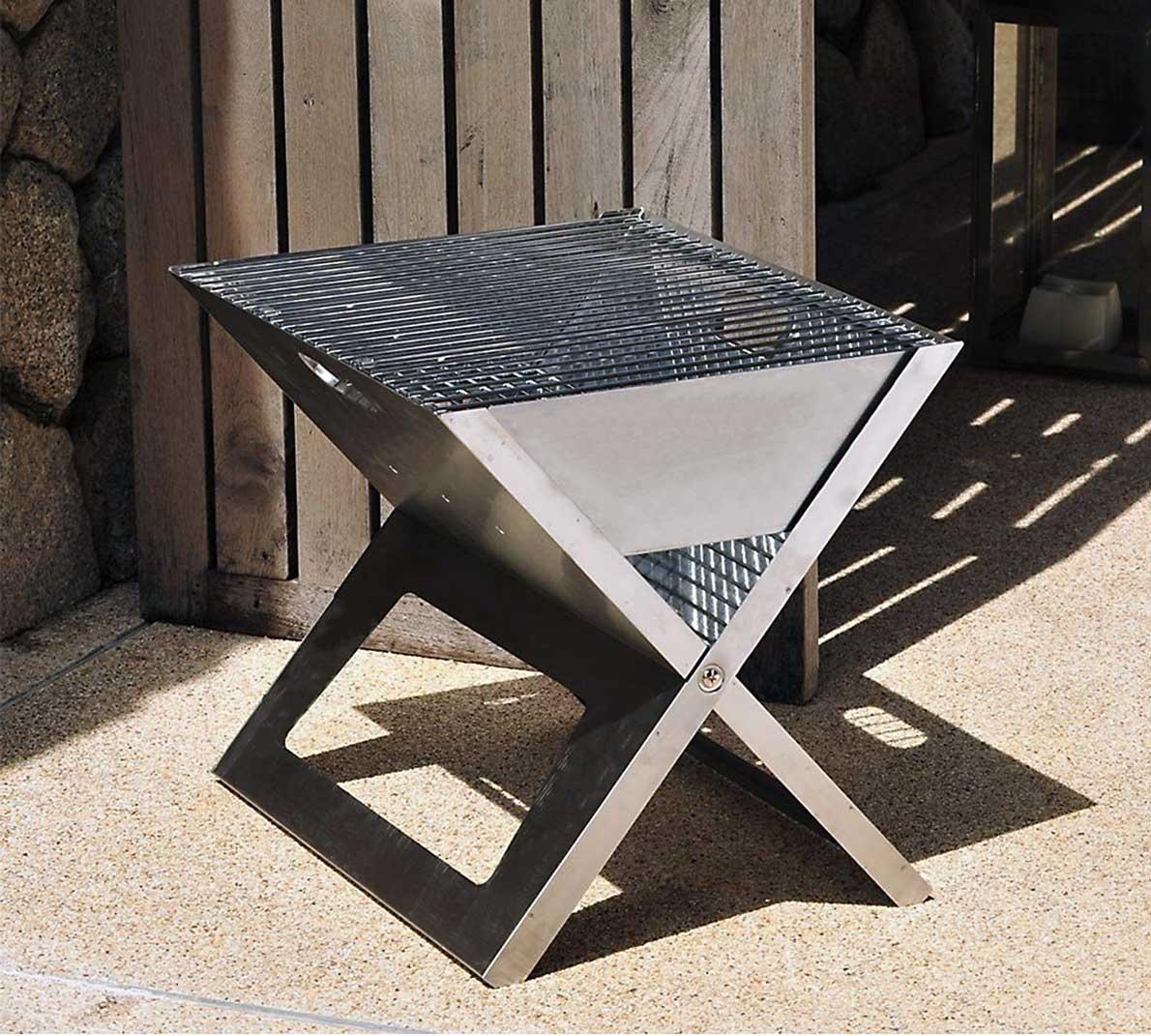 本格的な炭火焼ができる畳めるバーベキューグリル|Notebook