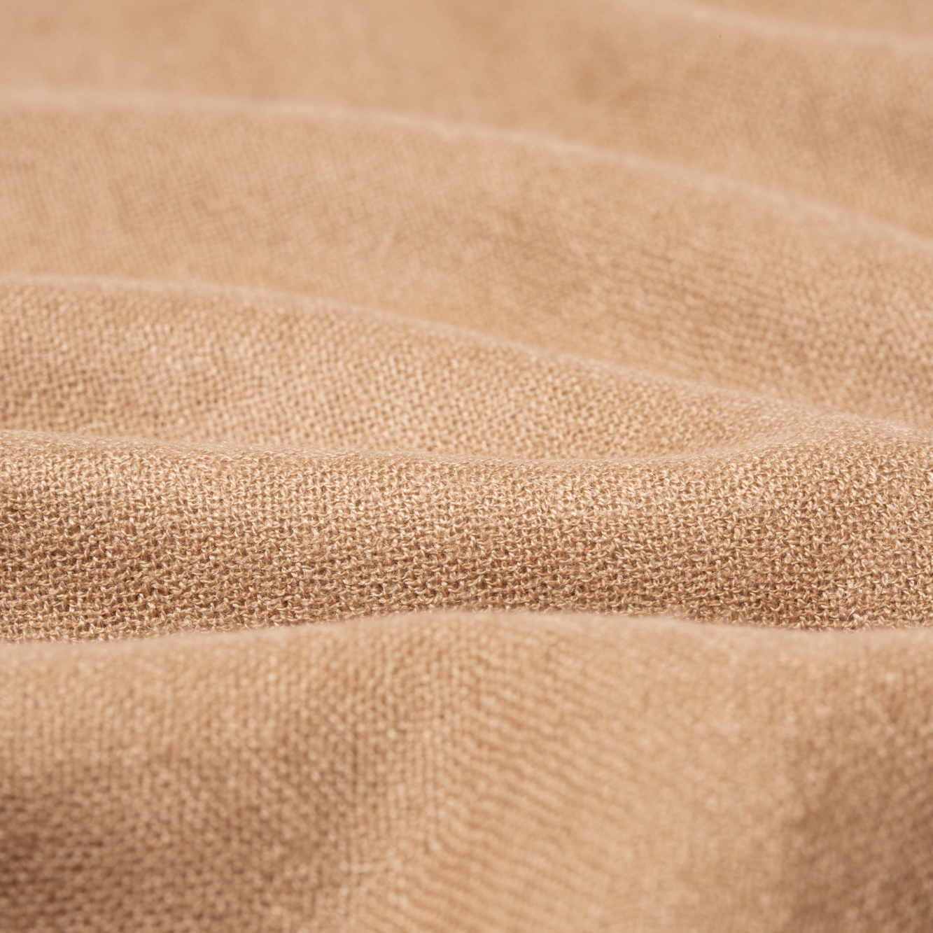 カシミヤを選ぶ決め手は、ストールを織る糸。上質なカシミアのマフラー・ストール「STEPPE」|ADOS(エイドス)