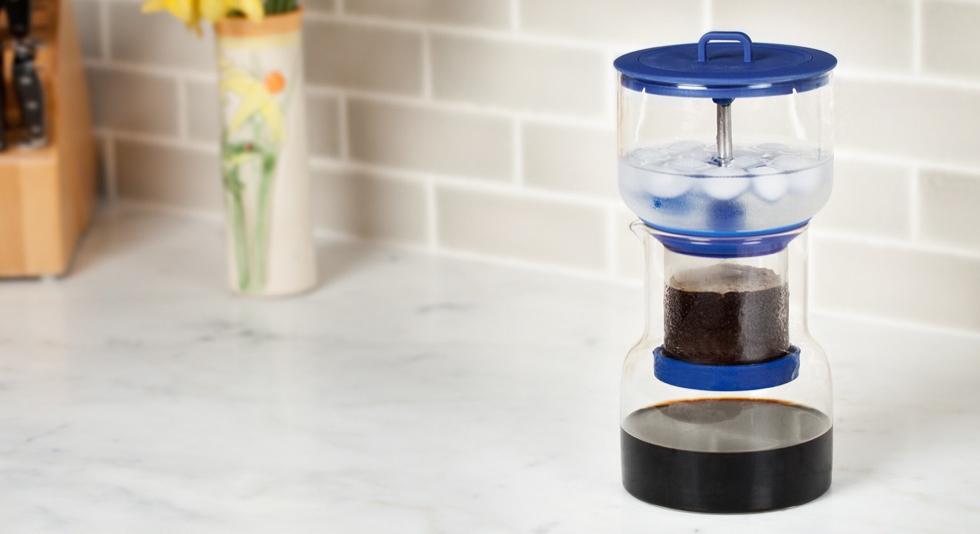 スロードリップ式のコールドブリューコーヒー(本格水出しコーヒー)