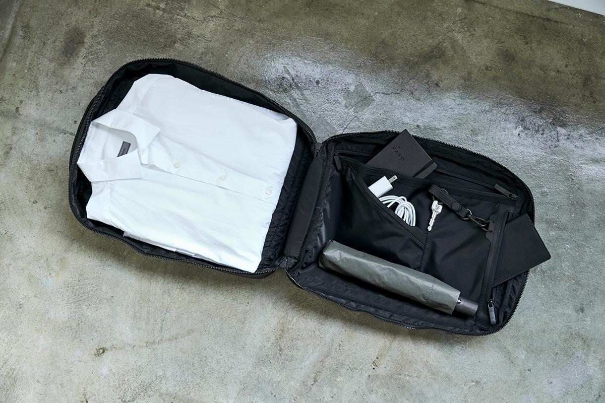 負荷分散できる仕切り・ポケット構造 防水レザー、超軽量、直感ポケット付きの日本製レザーバッグ PCバッグ・トートバッグ・リュック・バックパック FARO(ファーロ)