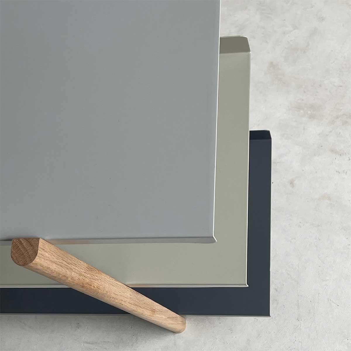 色違いの棚板を入れ替えるたびに、新鮮な空間づくりができる「シェルフ(棚)」DUENDE Marge Shelf(デュエンデ マージ シェルフ)