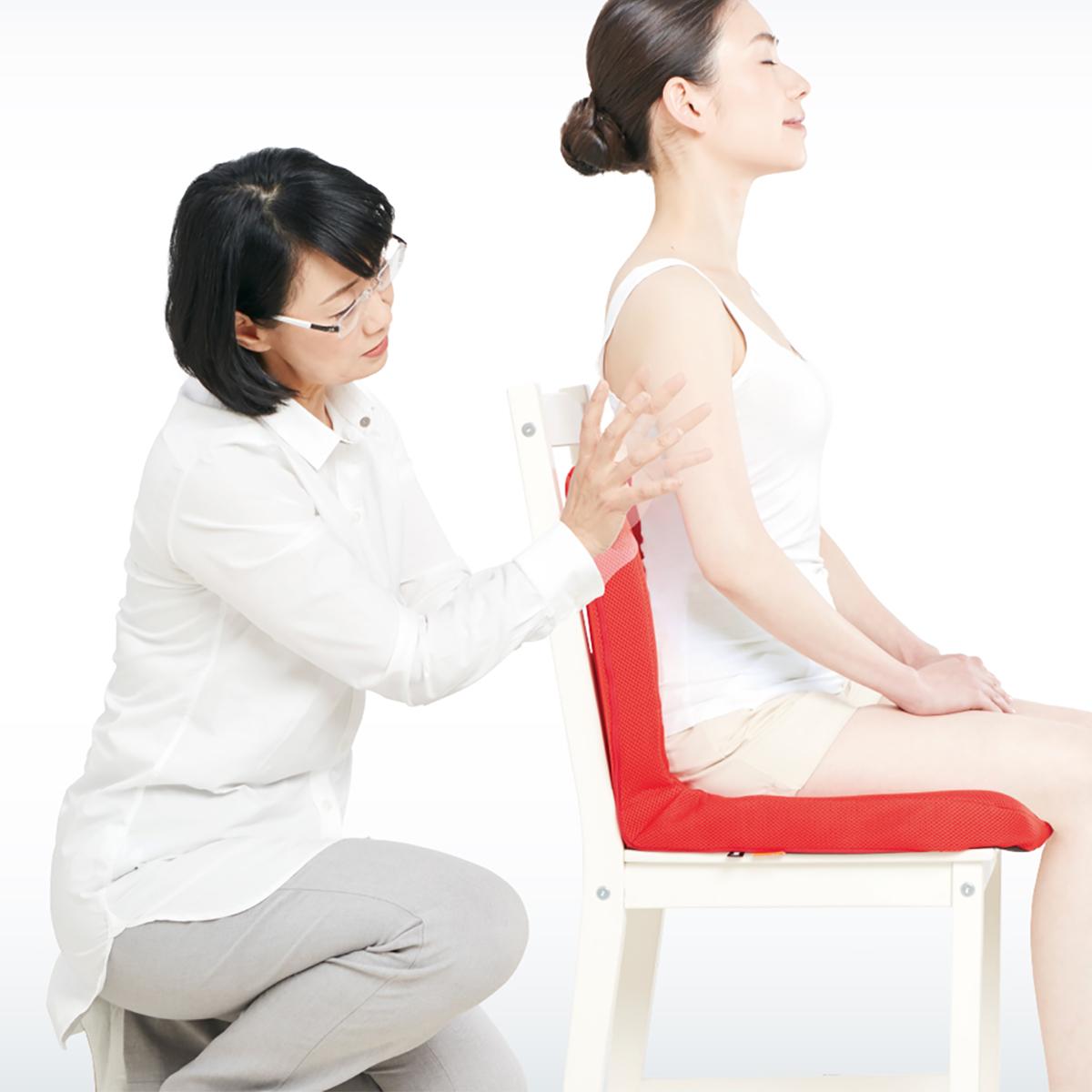 『P!nto』の開発者は、作業療法士歴35年以上の野村寿子(のむら・ひさこ)さん。体にいい姿勢でリラックス!首も腰も好きな角度に調節できる寝椅子|P!nto