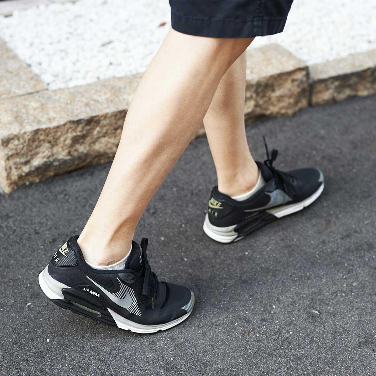仕事に、遊びに、スポーツに、どんな場にも合う、大人にふさわしい靴下です。|消臭効果、サラサラ効果が続く、美濃和紙を使った和紙靴下・和紙ソックス