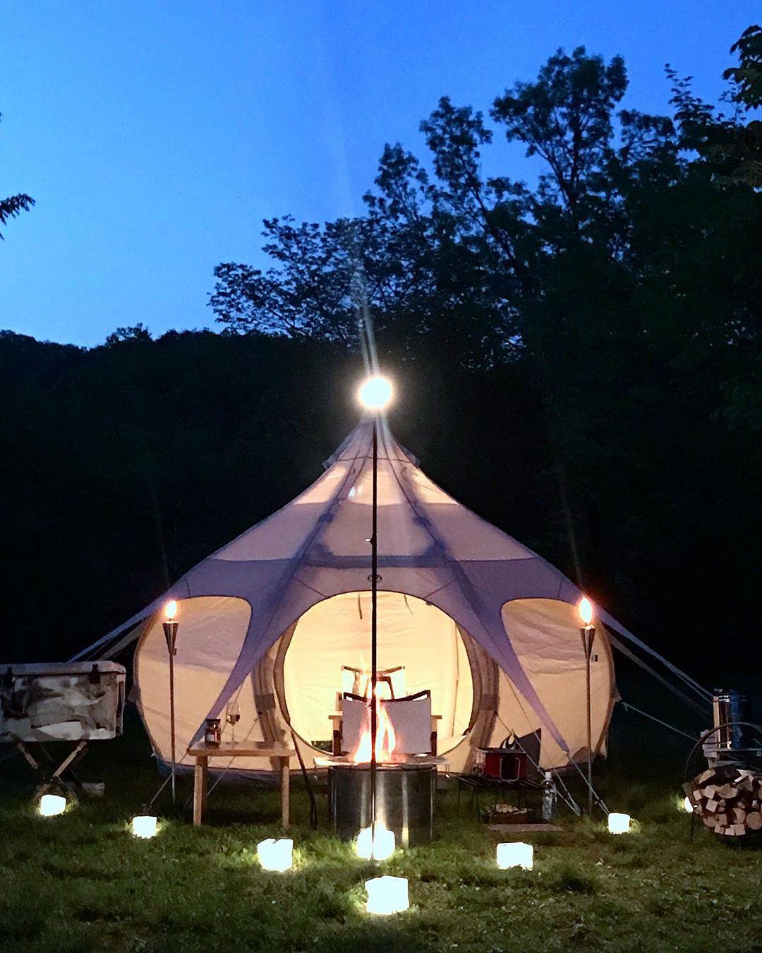 夜間に自分のテントを見つける目印にもなる。「オイルトーチ」| エープラス