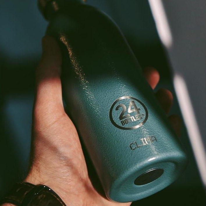 人体や環境に安全なBPAフリーにこだわったシリコン素材をパッキンに使用した「マイボトル・タンブラー・水筒」|24Bottles(トゥエンティーフォーボトルズ)』