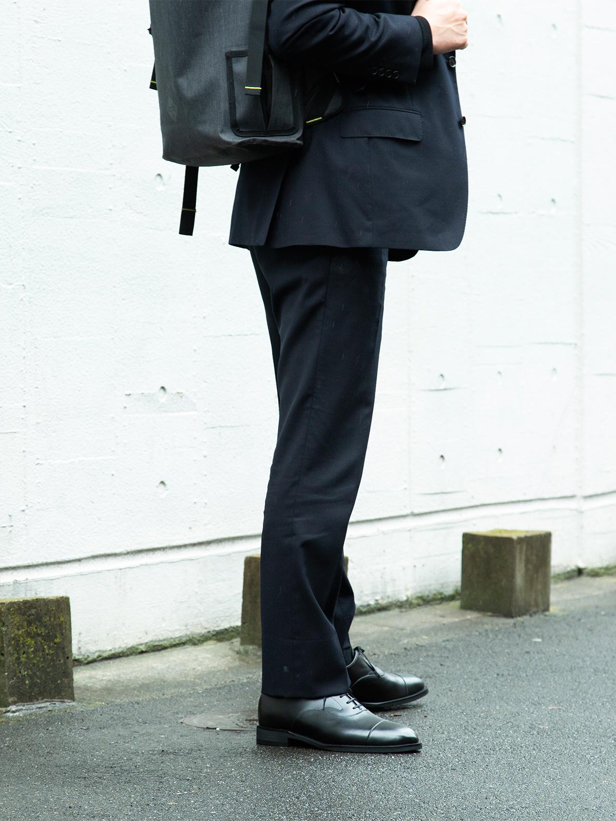 雨の中でも、手入れの行き届いた革靴を履いているかのような気品漂うシルエットの「レインシューズ」|三陽山長