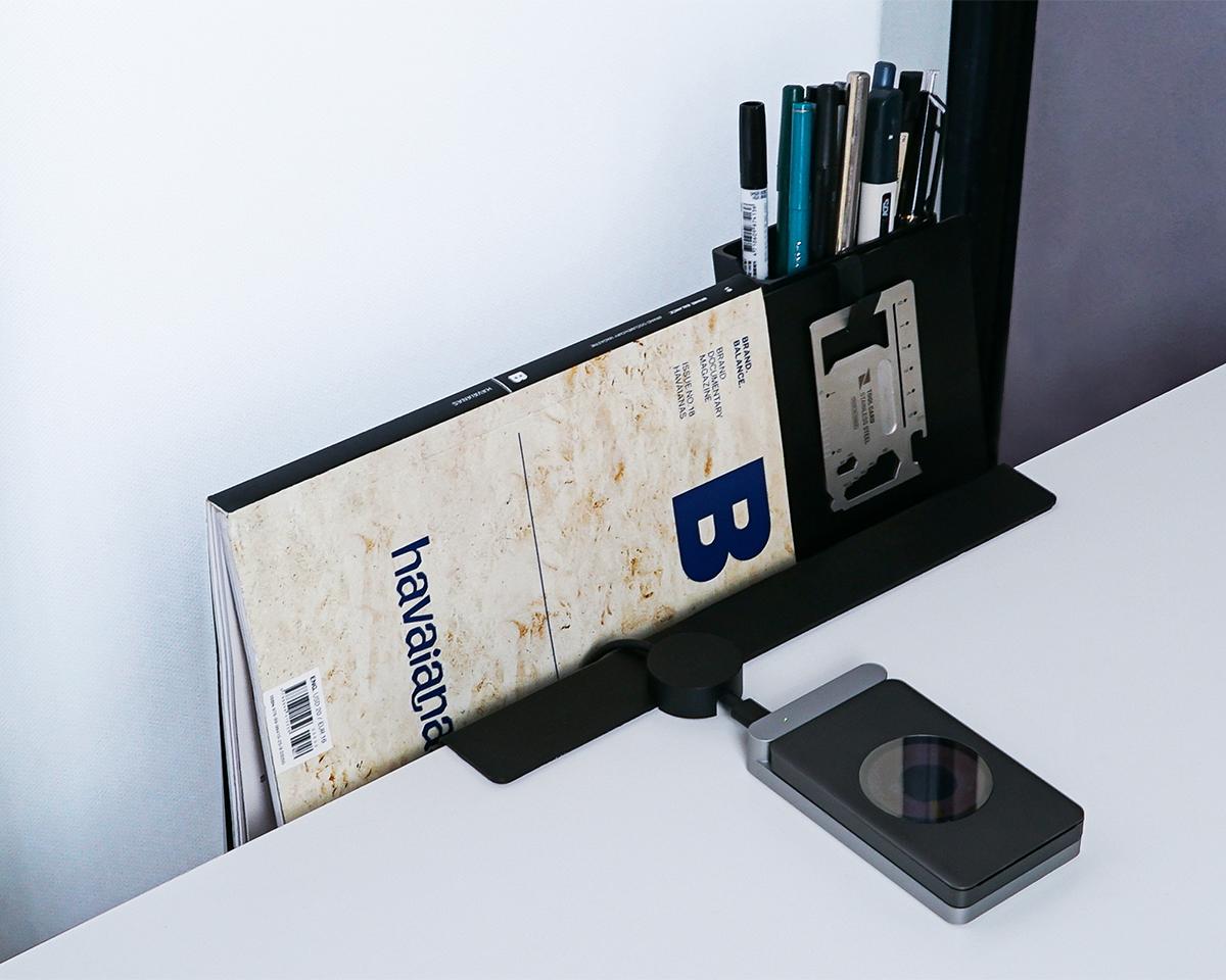 デスクがすっきり整理できる。散らかったデスクが瞬時に片づく、デスクポケット|ZENLET The Rack(ゼンレット ザ ラック)