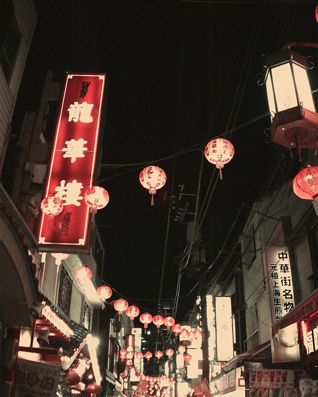 YASHICA「digiFilm1600」を適用 まるでフィルムカメラみたい!スマホと「ひと味違う写真」が撮れるトイデジカメ YASHICA