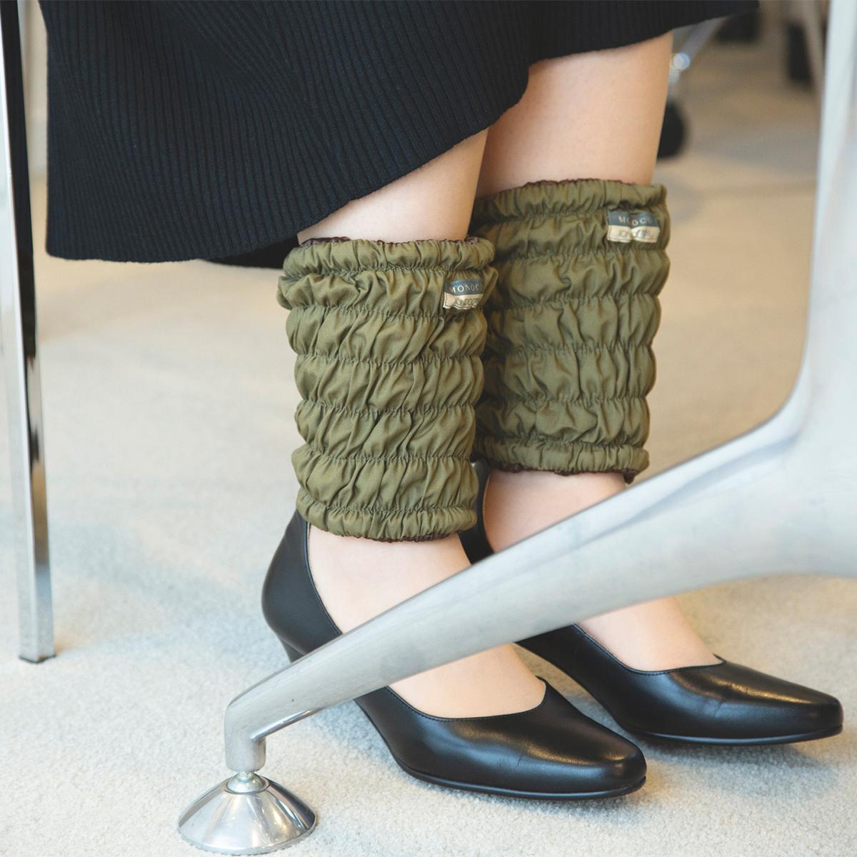 日中も睡眠時も、あなたの足先を温めつづけてくれる。11種の天然鉱物の力で、足首からホッカホカ。一晩中着けてもラクな足首ウォーマー| IONDOCTOR(MONOCO限定カラー)