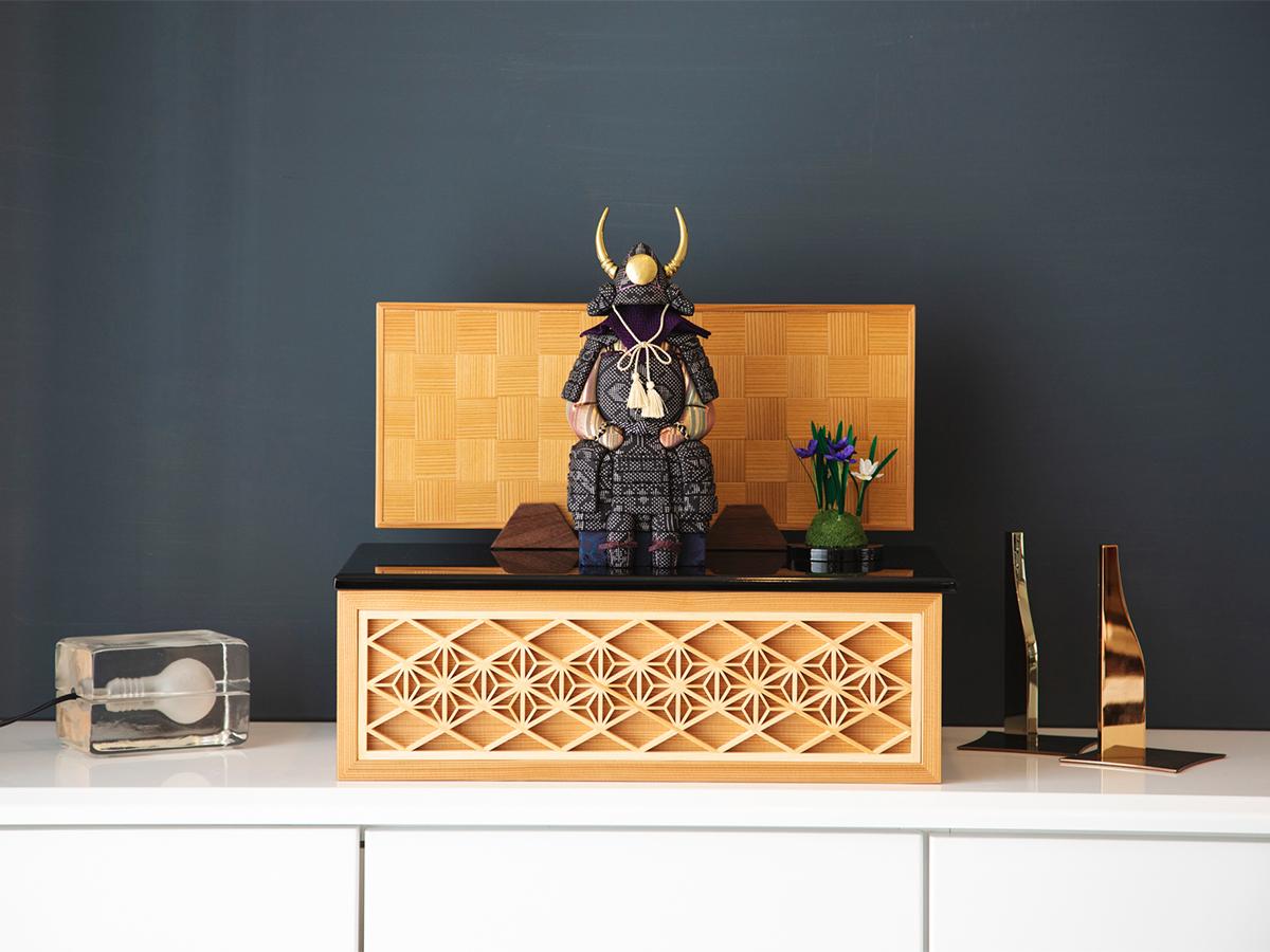 インテリアに映える、おしゃれモダン。 6つの日本伝統工芸をコンパクトにした、木目込の「プレミアム・コンパクト五月人形」| 宝輝 | 柿沼人形
