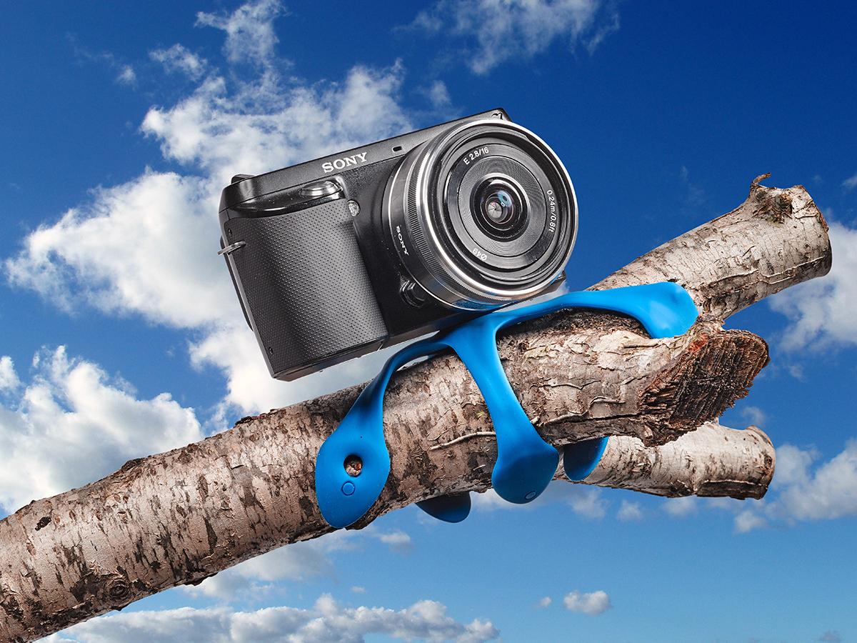 柔軟な5本足でスマホやカメラをどこにでも固定!薄くて、軽くて、コンパクトなスマホ&カメラ用スタンド| miggo
