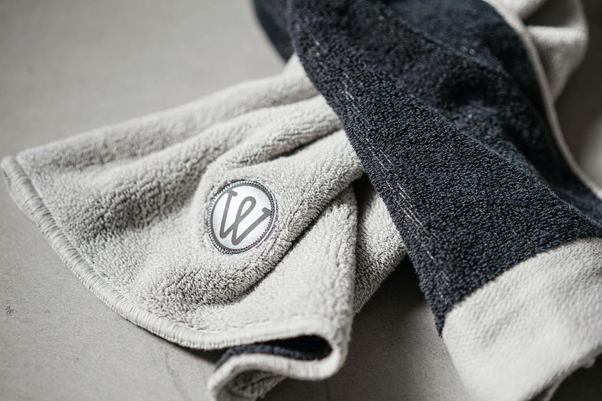 柔らかさが違う、タオルの老舗の技。酸化チタンと銀の作用で、生乾き臭・汗臭の菌を分解する「タオル」|WARP