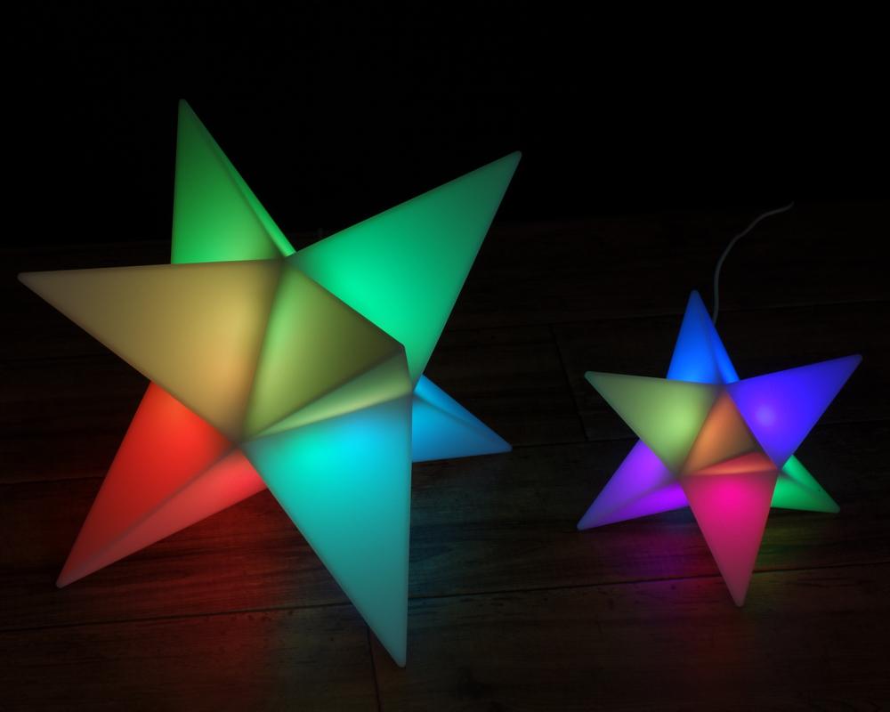 光の色で時間がわかる、おしゃれライト