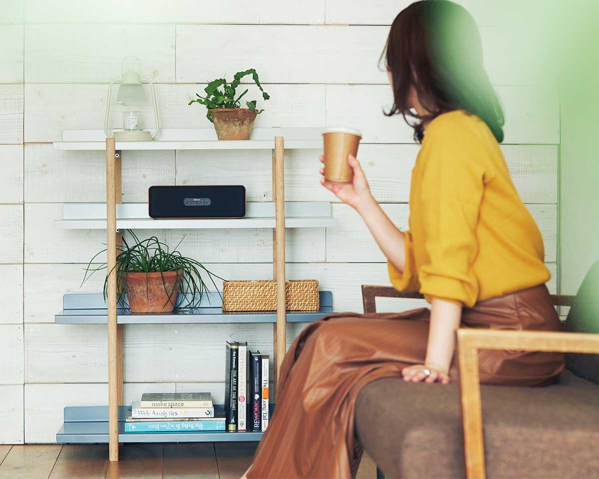 どんな部屋にも合うおしゃれな家具。色違いの棚板を入れ替えるたびに、新鮮な空間づくりができる「シェルフ(棚)」DUENDE Marge Shelf(デュエンデ マージ シェルフ)