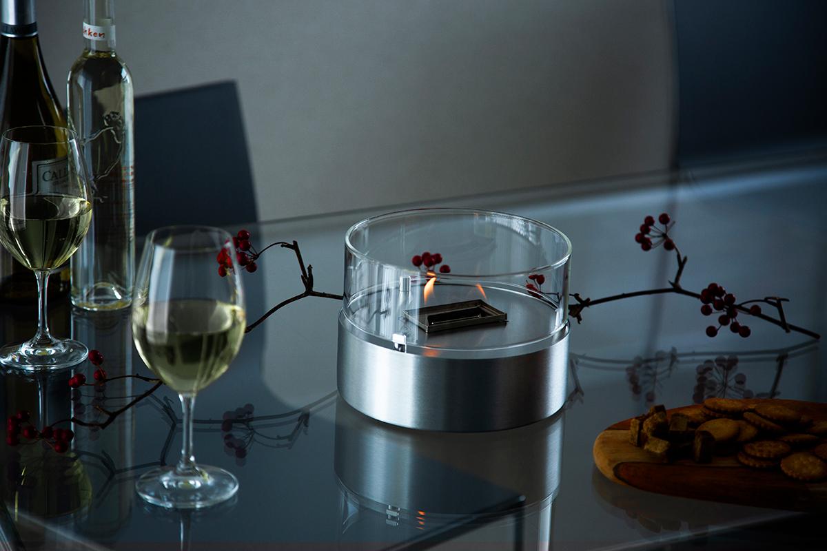 「ひとり時間」も「大切な人との時間」も、あたたかな時の流れを演出。ホームパーティでは、テーブルを華やかに彩り、会話を盛り上げてくれる「オイルランプ」|TENDER FLAME(テンダーフレーム)