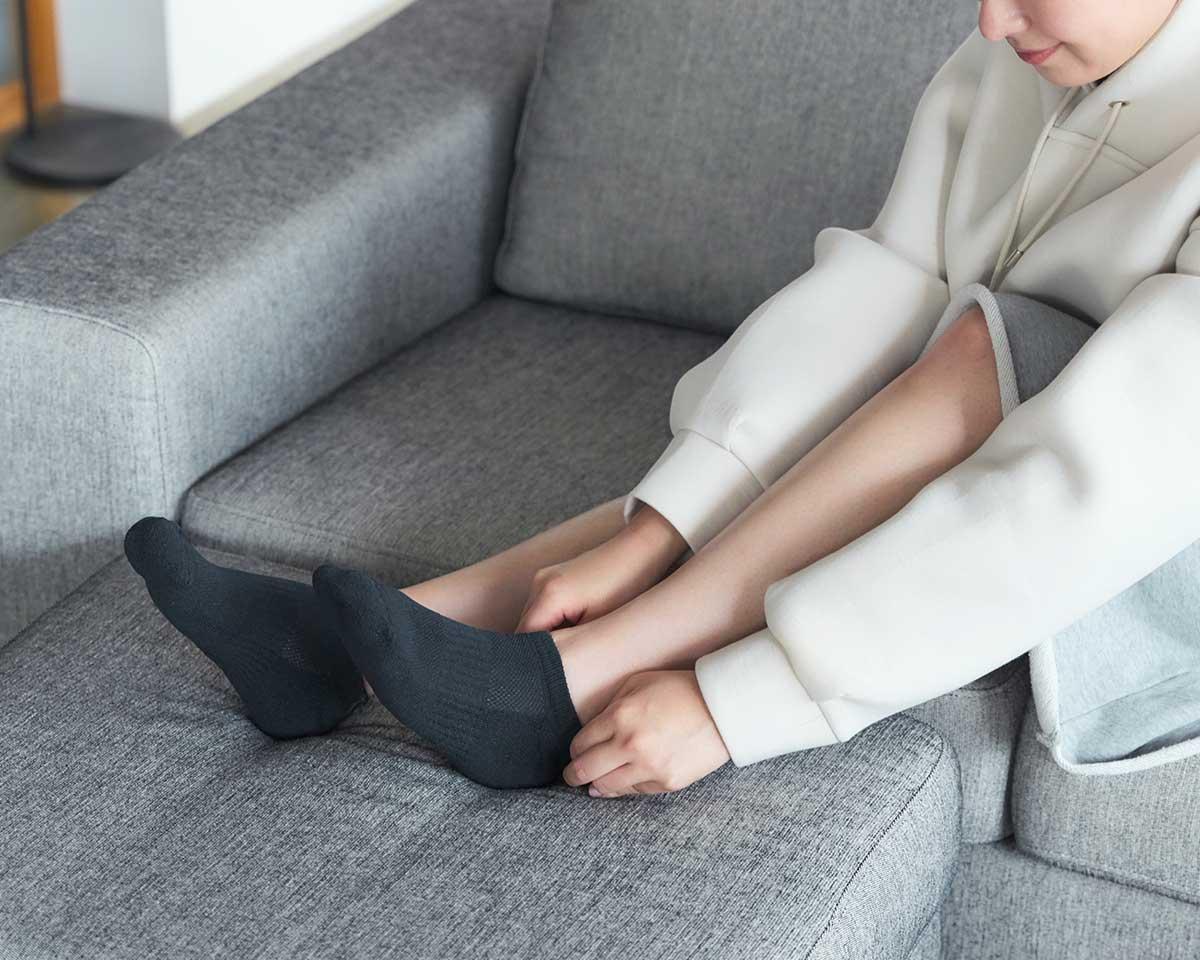 職人が仕上げる心地よいフィット感|消臭効果、サラサラ効果が続く、美濃和紙を使った和紙靴下・和紙ソックス