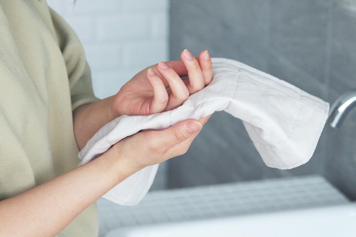 MONOCOスタッフが、家のタオルを総替えしてしまったほどの快適さ。瞬時に水分を吸い上げてくれる3層構造のガーゼタオル|YARN HOME UKIHA(ヤーンホーム ウキハ)
