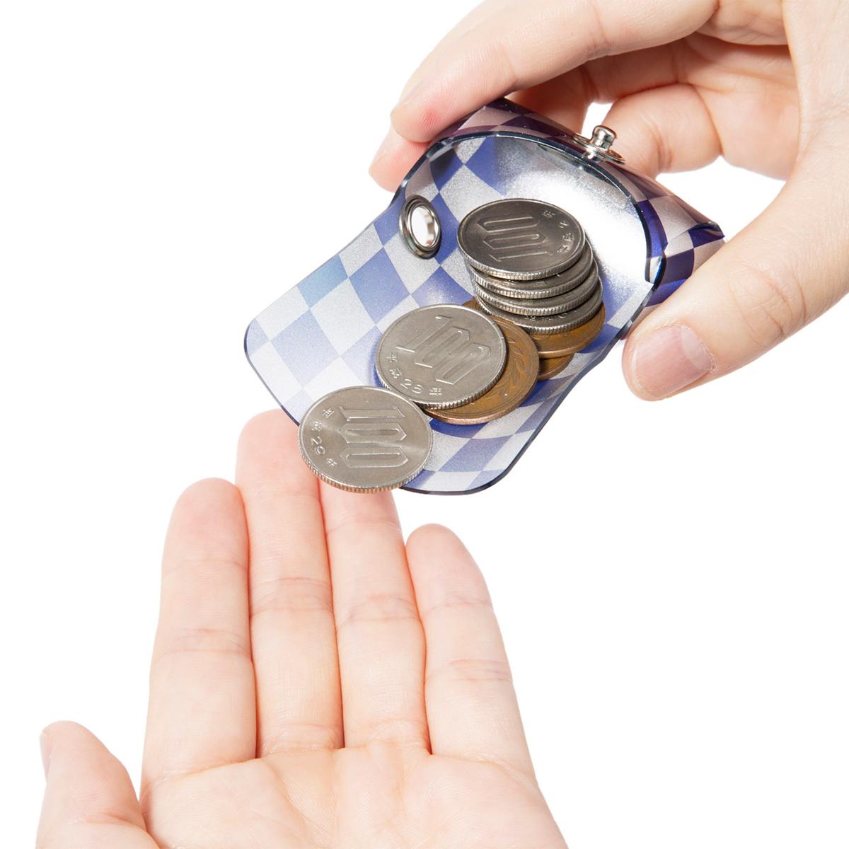 より軽くコンパクトに、お金を出し入れしやすく、たくさん収納できるミニマム構造がかなえる、軽量&収納力の「ミニ財布」|SALLIES