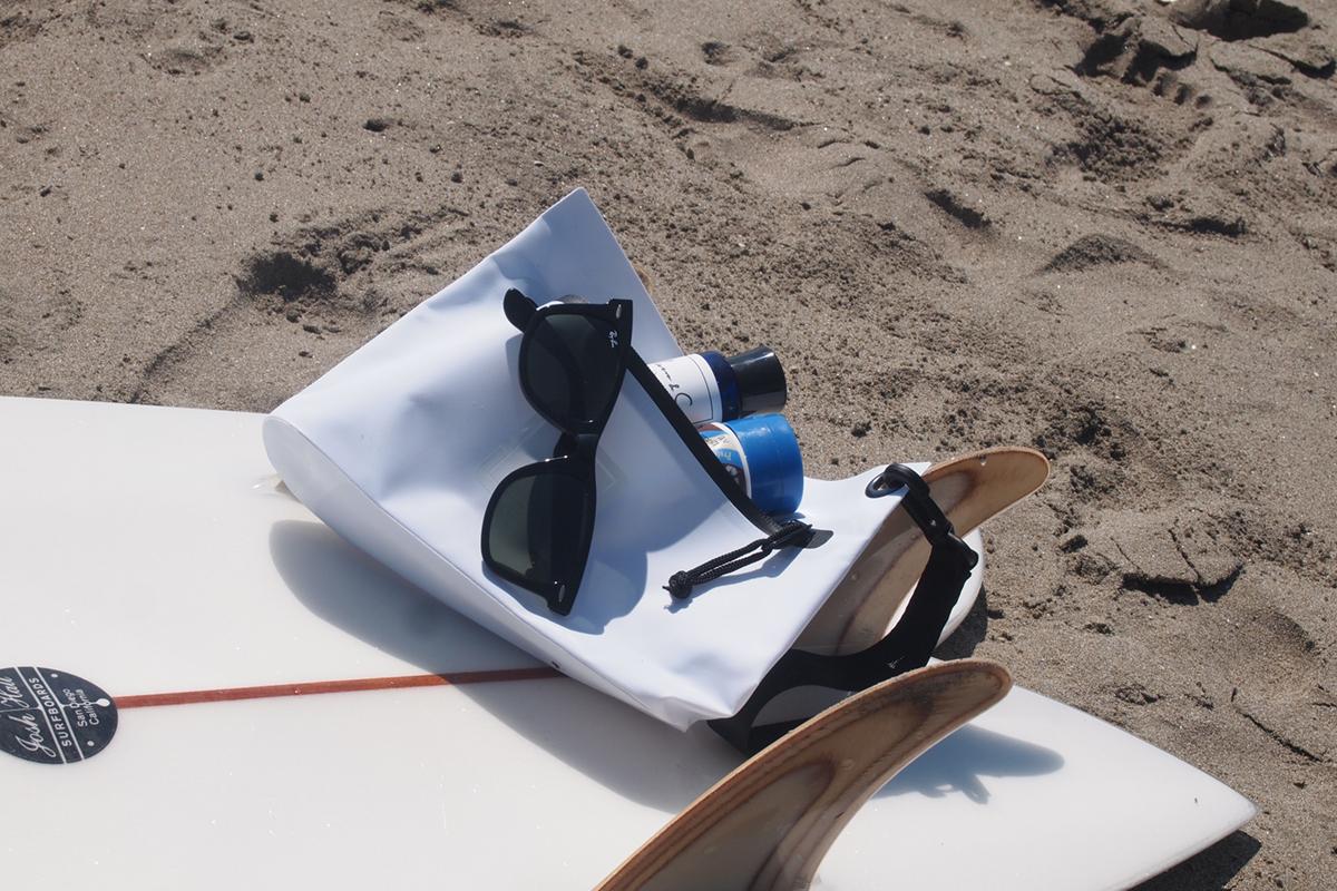 海、プール、ジム、旅行に使える防水性ポーチ・小物入れ
