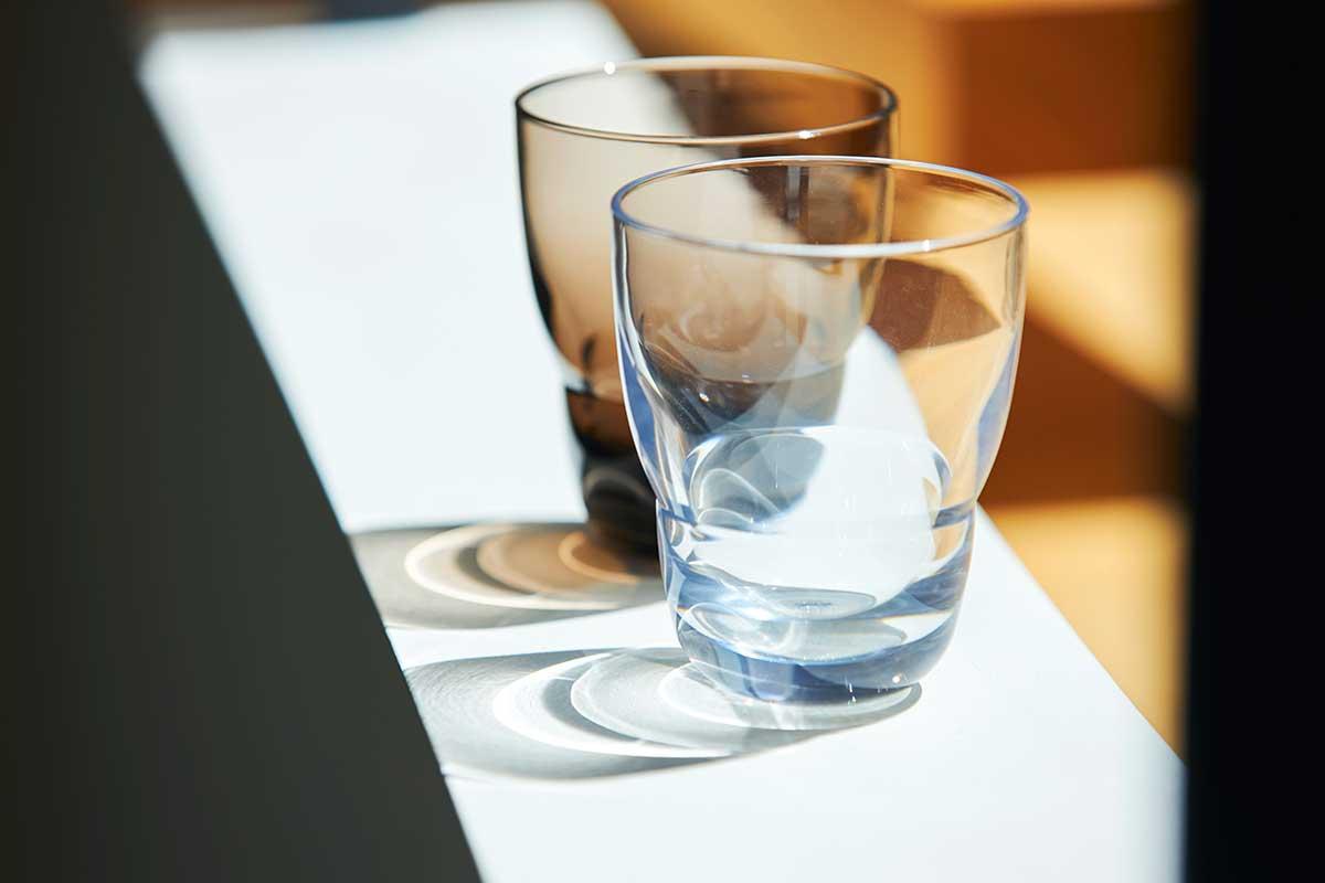 ずっと割れない保証付き、落としても割れない「樹脂製グラス」|双円(そうえん)