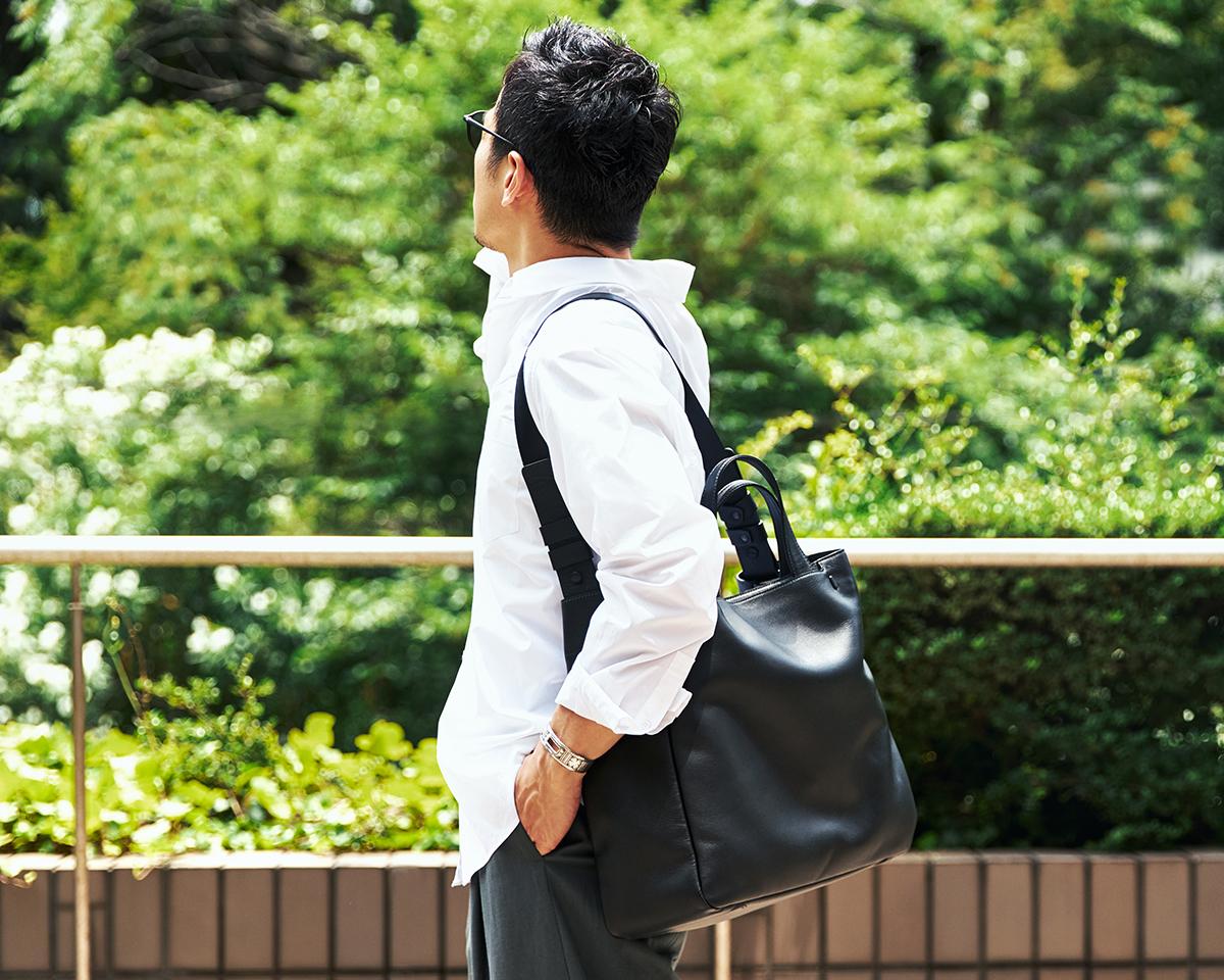 ビジネスにもカジュアルにも活躍する|防水レザー、超軽量、直感ポケット付きの日本製レザーバッグ|PCバッグ・トートバッグ・リュック・バックパック|FARO(ファーロ)