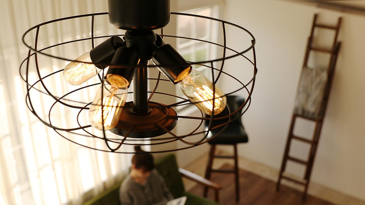室温ムラを解消して、風通しがいい家をつくるシーリングファン
