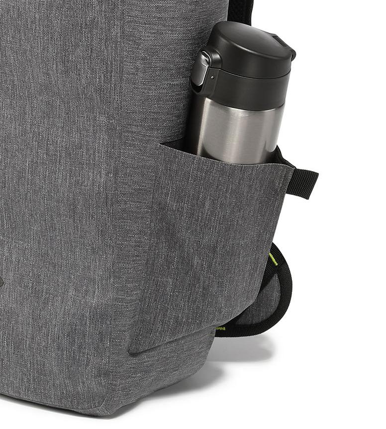 折りたたみ傘も収納できるサイドポケット付きのハイテク収納の都会的なバックパック《DAYPACK》|Code 10(コードテン)