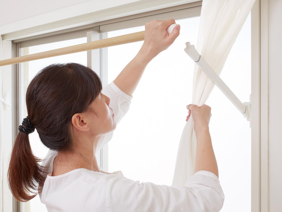 (窓枠設置型の物干しシステムSORAIE)|備えあれば憂いなし。花粉症対策は日頃から簡単に。食事や掃除など、すぐに取り組める花粉症対策6選