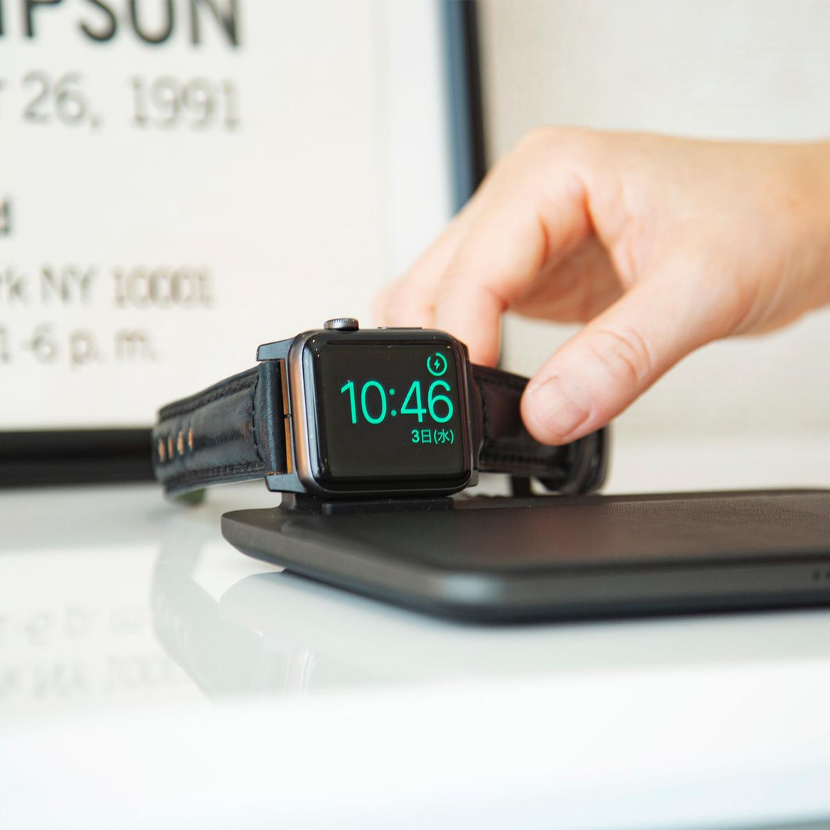 安心して使える「MFi認証」製品。Apple社が定めた性能基準を満たす「MFi認証」済みの製品(Apple公式認定品)の「ワイヤレス充電ベース」Base Station(Apple Watch Edition)| NOMAD
