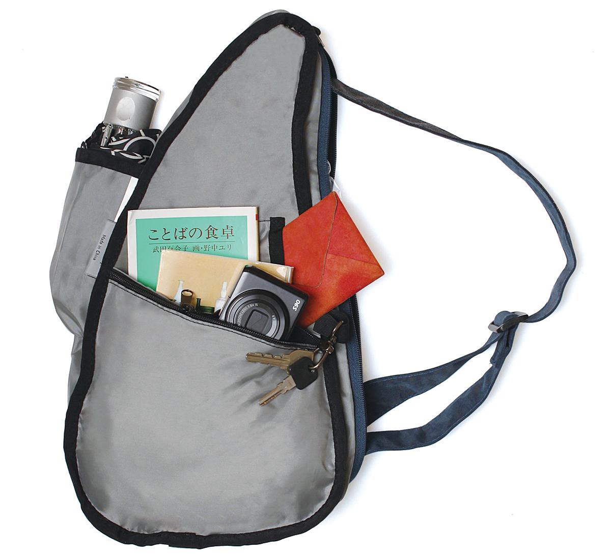 ポケットの配置も「荷重分散」を考え抜いた設計2、荷物も体も軽くなるボディバッグ|Healthy Back Bag