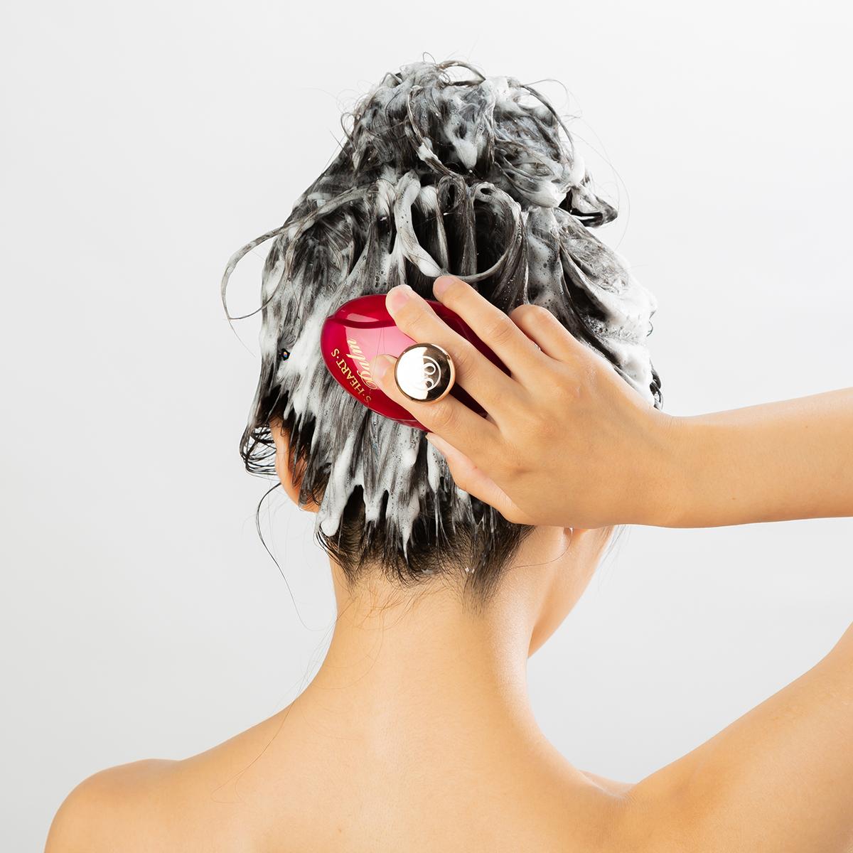 イキイキした髪づくりには、土台の「頭皮ケア」が第一。スカルプブラシ(育毛ブラシ)|SCALP BRUSH(スカルプブラシ)