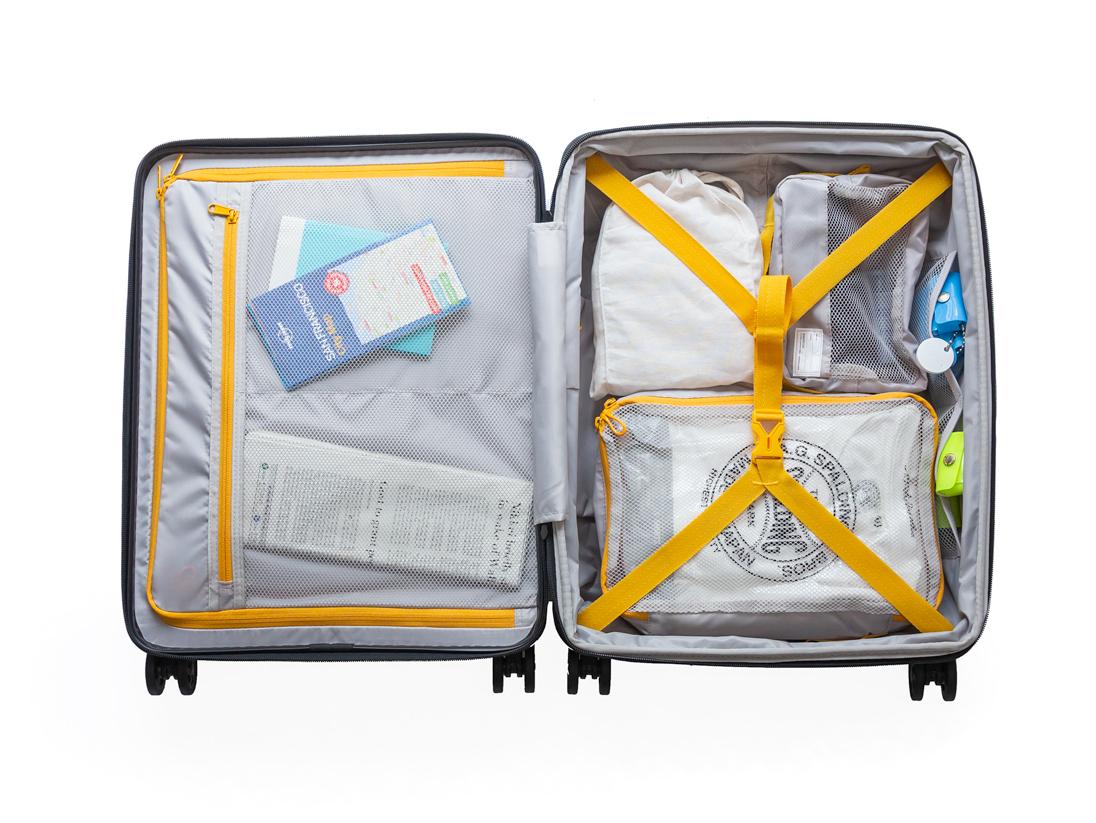 37Lサイズ(国内出張や小旅行にぴったりの機内持ち込みサイズ)|大小ふたつのサイズを「入れ子収納」できる、機内持ち込み用(37L)&長期旅行用(72L)スーツケースセット| RAWROW | R TRUNK LITE