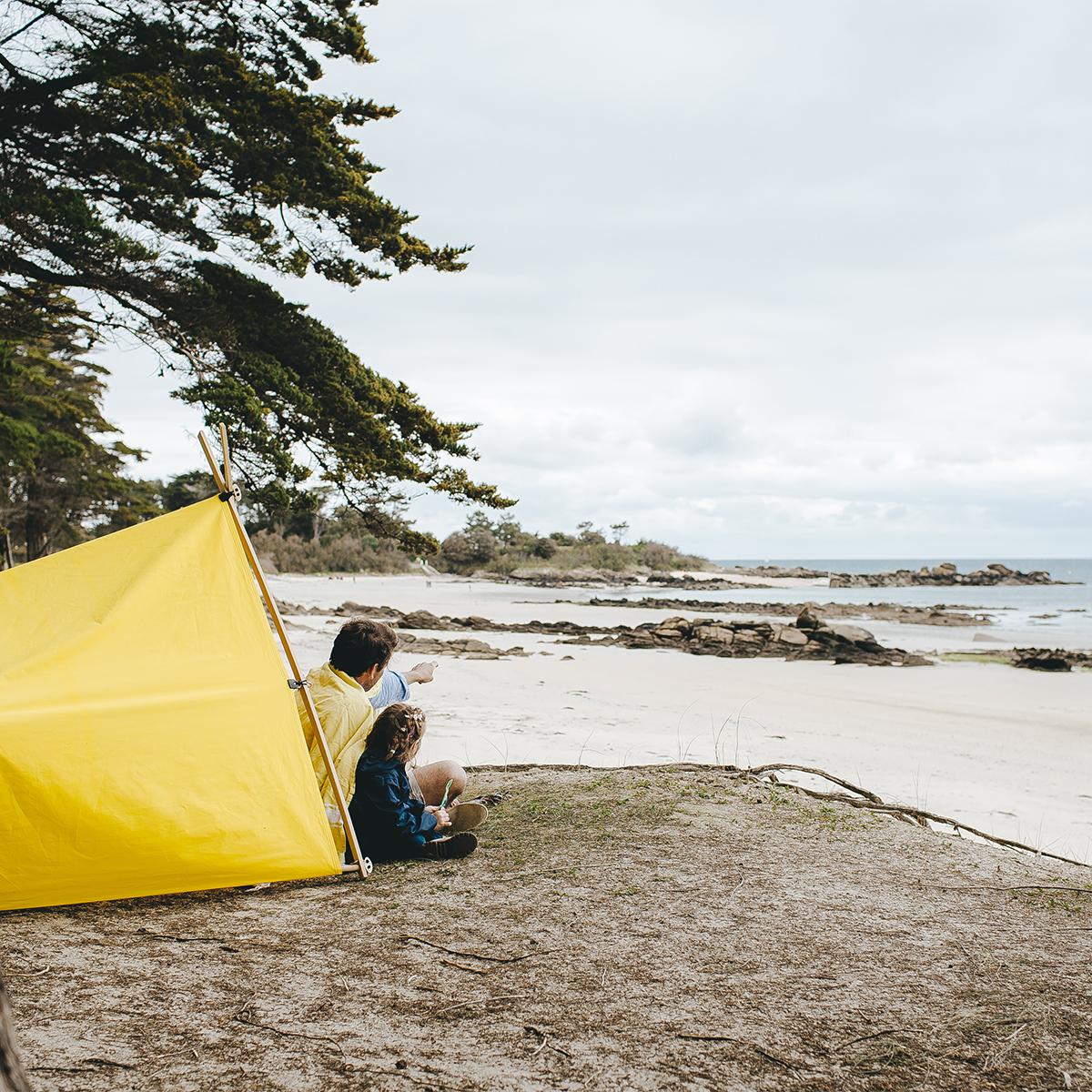 フランス流「何もしない」を楽しめる。フランスの小さな島で過ごすバカンスのような心地よさの「帆布テント」|LA TENTE ISLAISE(ラ・タント・イレーズ)