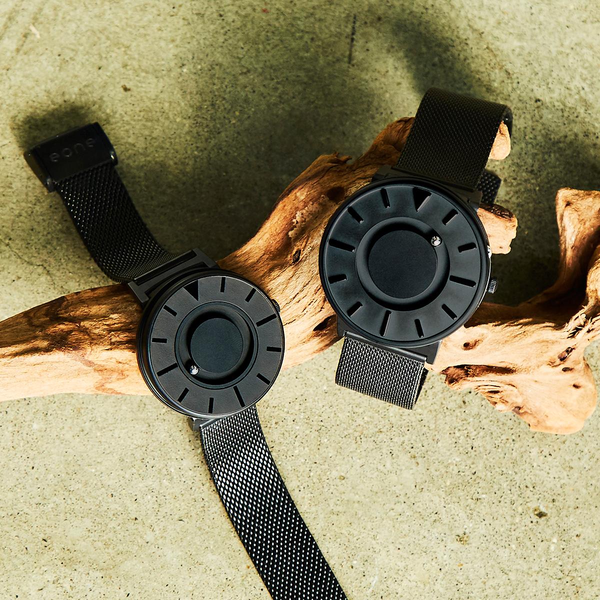 本体(ボディ)は、汗などに錆びにくく、丈夫なステンレススチール製。文字盤には、耐熱性や耐摩耗性に優れたセラミックを使用。触って時間を知る「腕時計」| EONE