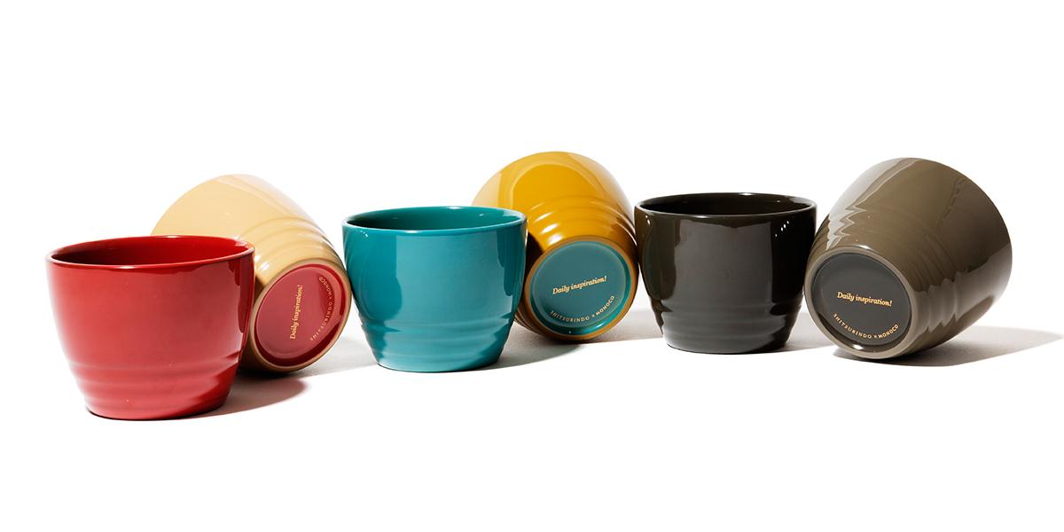 「aisomo cosomo」独自の色彩。漆のイメージを新しく塗り替え、色で選ぶ楽しさを考えたカジュアルモダンな漆器シリーズの「色漆のそば猪口」| 漆琳堂×MONOCO