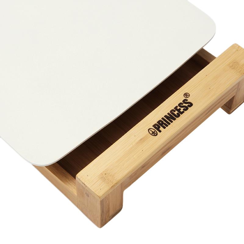 レート本体と独立しているのでお手入れ簡単。お洒落な竹製の台座付きのテーブルグリルプレート・ホットプレート|PRINCESS社 Table Grill Mini