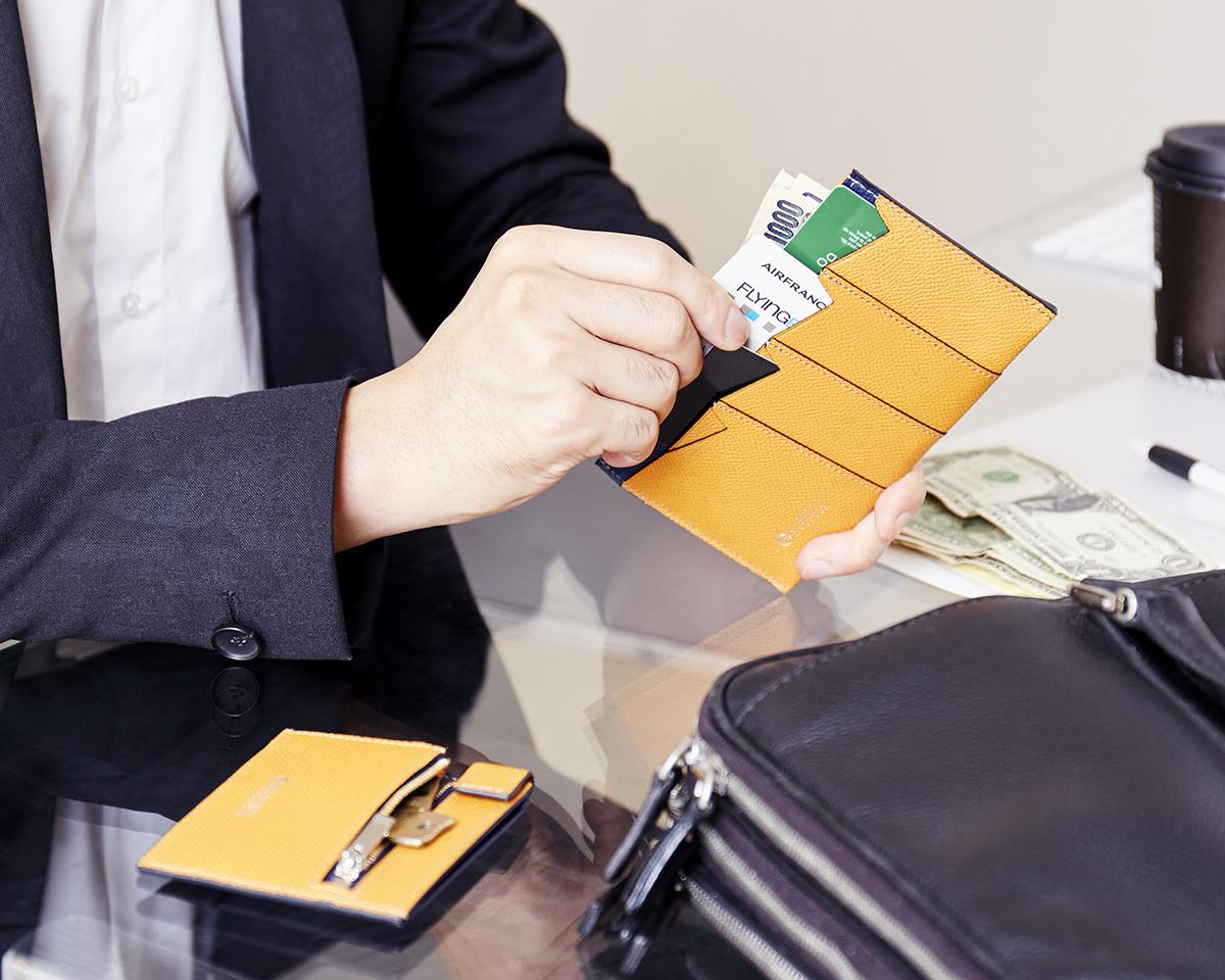 細やかな気遣いが細部にわたる。無理なくミニマムを極めた、「薄い財布」の傑作(長財布、二つ折り財布、パスケース、カードホルダー)|ALBERTE
