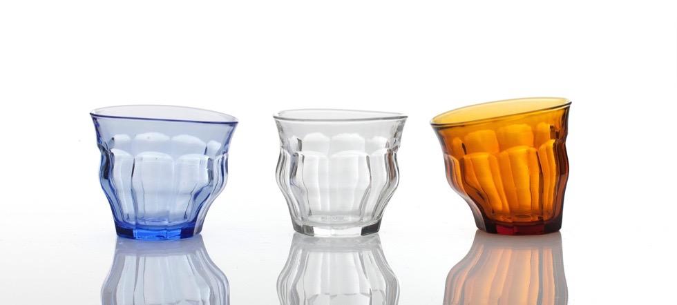 Duralex社のピカルディーグラスが使われている、世界中のカフェやレストランで愛されるコップグラス