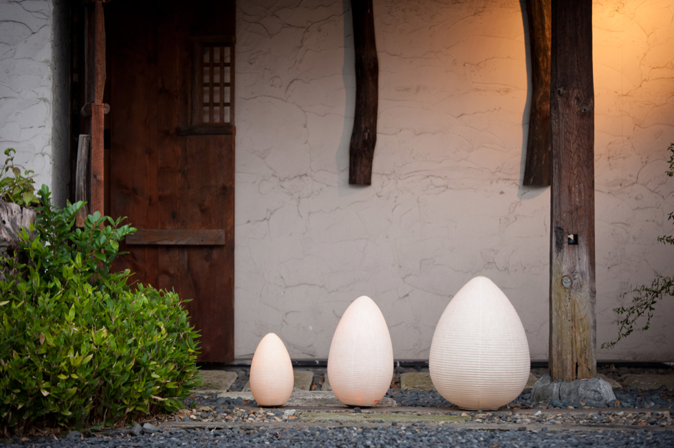 日本の伝統文化の明かりでモダンなリラックス空間を作る 提灯型ランプ(インテリア ライト 照明)| 古代蕾 - 鈴木茂兵衛商店 SUZUMO CHOCHIN(すずも提灯)