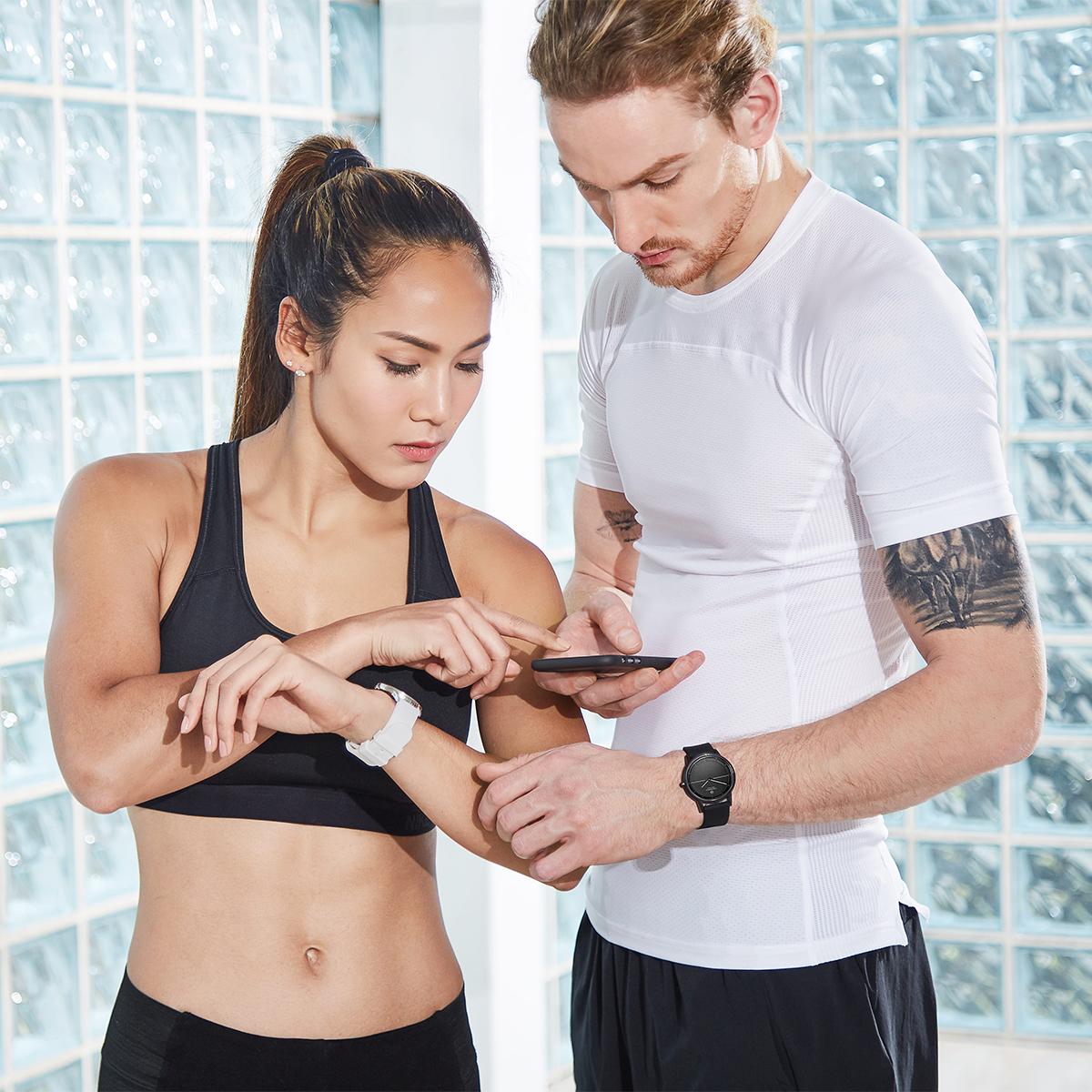 1日の運動量や睡眠時間といった「行動」も記録できるスマートウォッチ「NOERDEN(ノエルデン)」もおすすめ。「スマート体重計」|MINIMI(ミニミ)