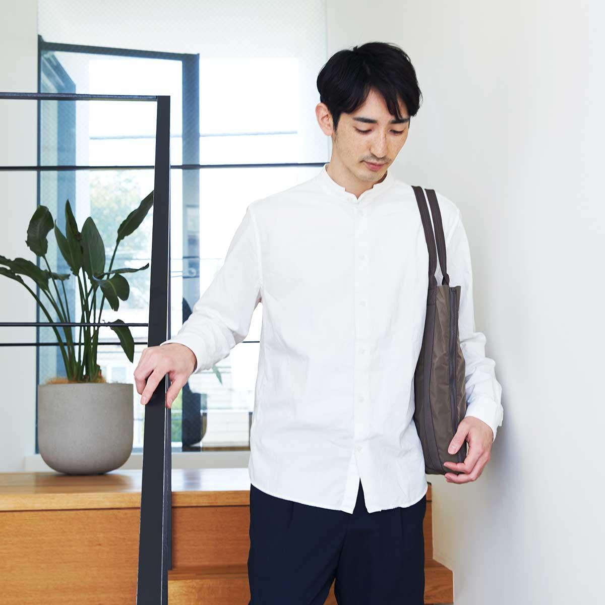 高機能でオシャレな2通り使えるバッグ。薄型トートバッグが大容量バッグに変身するバッグ|WARPトランスフォームジッパーバッグ