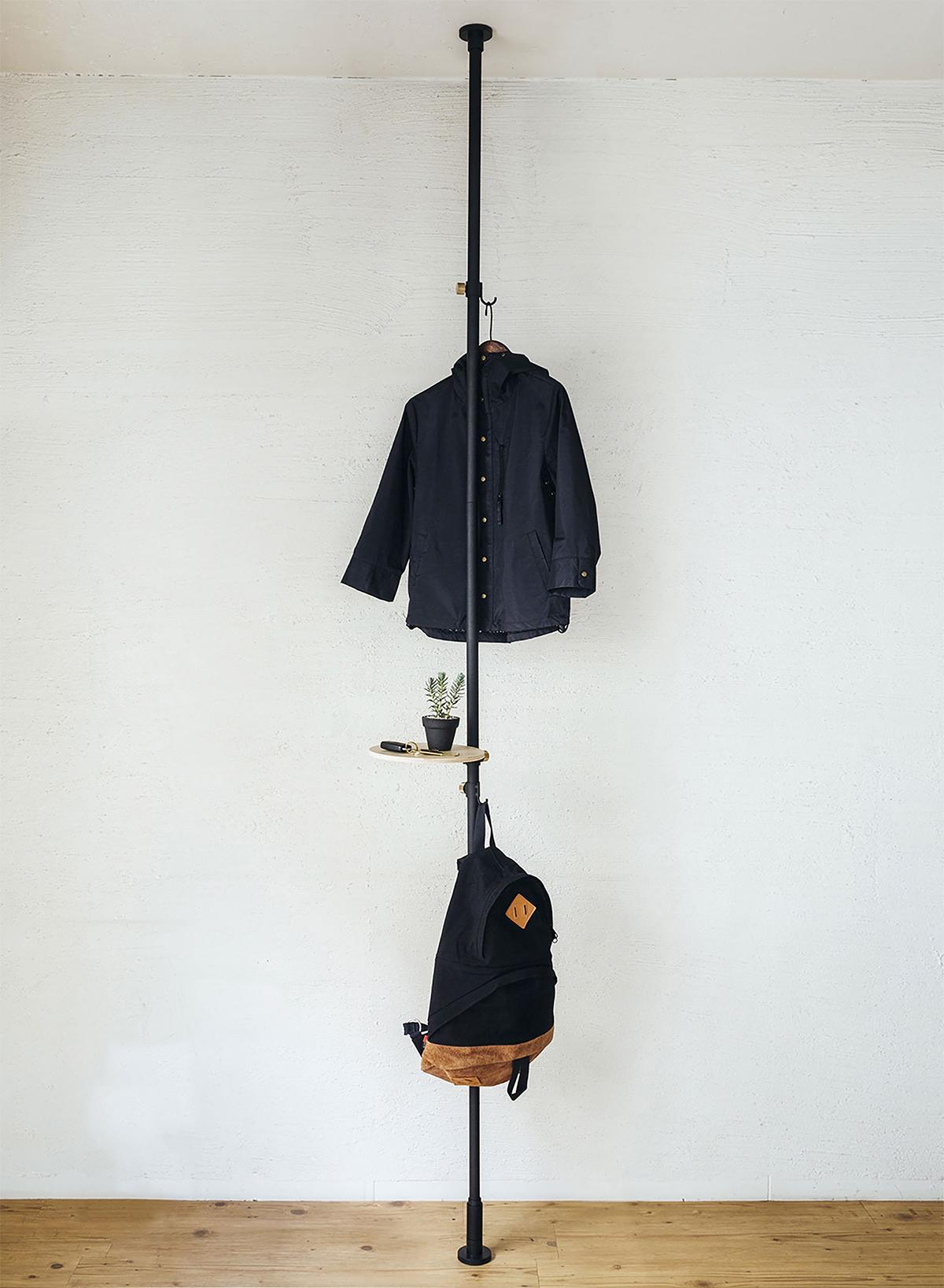 シューラック|1本の線(ライン)に、鍵もバッグも指定席ができる「つっぱり棒」|DRAW A LINE