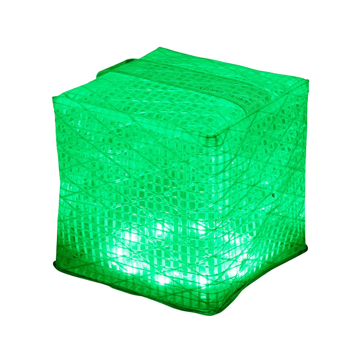 直射日光が当る場所に、置いておくだけで充電できて長時間連続点灯ができる。薄さ1.2cmに畳める超軽量ソーラー充電式ライト(ランタン)で、いつも太陽の光がそばに|carry the sun
